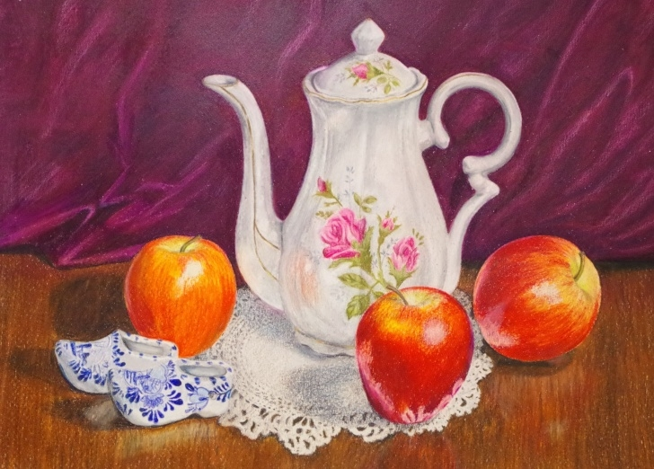 Amazing Colored Pencil Still Life Techniques for Beginners Colored Pencil Still Life Of Apples With Tea Pot. Catherine Thomas Image