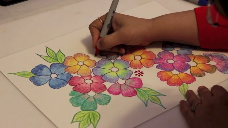 Awesome Shading Flowers With Colored Pencil Techniques Gradient Flowers - Color Pencil Tutorial Pic