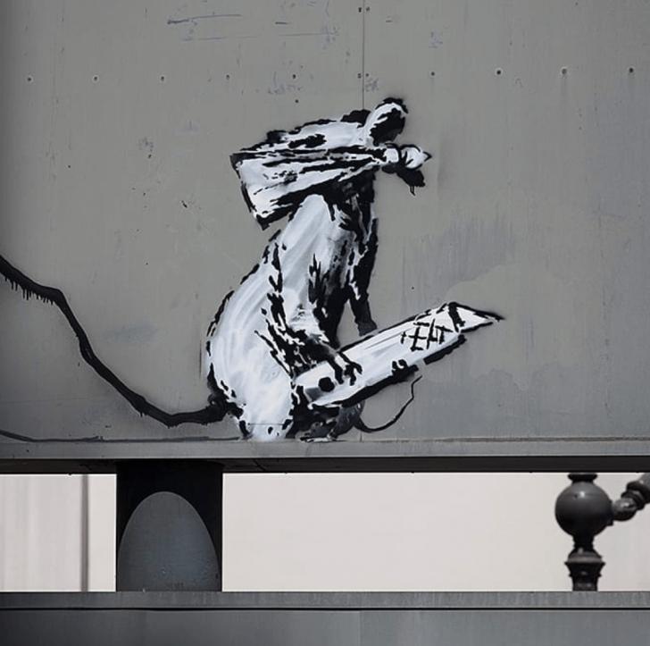 Fantastic Stencil Graffiti Street Art Lessons New Banksy Stencil Art Is Causing A Riot In Paris, 2018 Pic