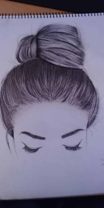 Inspiration Hair Pencil Drawing Free First Time Drawing Hair With A Charcoal Pencil : Drawing Photo