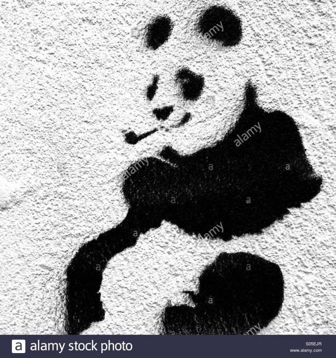 Learning Panda Stencil Art Simple Stencil Art Of Pipe Smoking Panda Stock Photo: 309907887 - Alamy Images