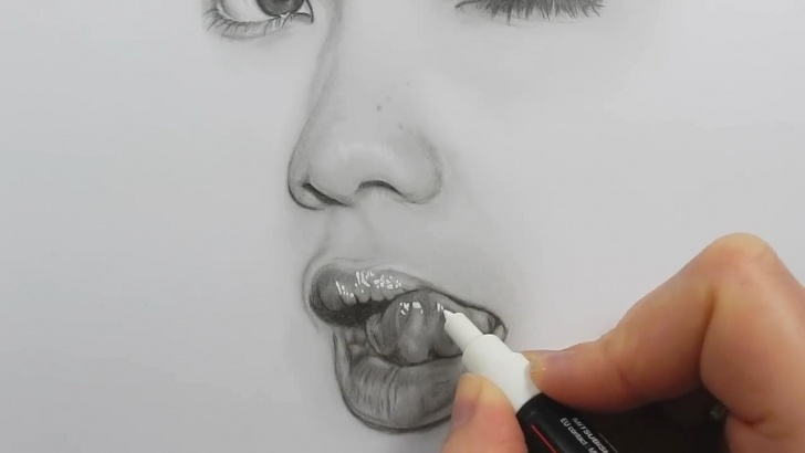 Remarkable Shading With Graphite Pencils for Beginners Drawing, Shading And Blending A Minimalistic Face With Graphite Pics